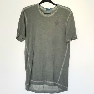 Adidas Distressed T-shirt Size Small